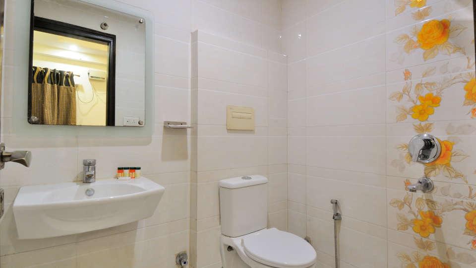 Rooms at Gaylord International hotels 5