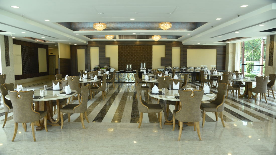 Restaurant in Delhi, U Kitchen at OPULENT HOTEL BY FERNS N PETALS, Dine In Delhi 0655 0652