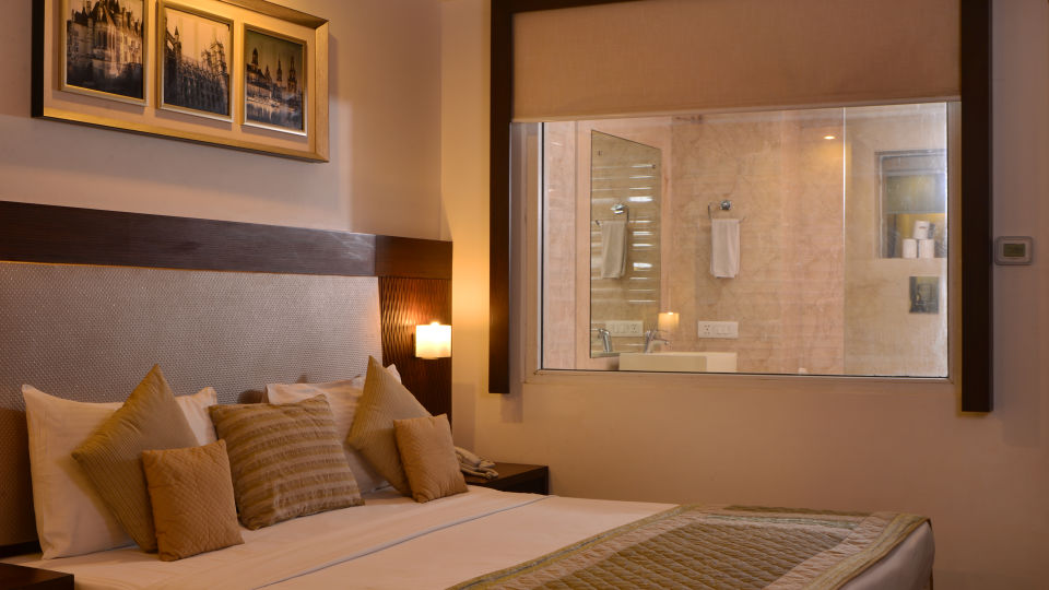 Premium Room at Le Roi Delhi Hotel Paharganj