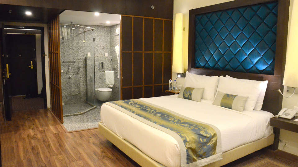 Club Room at Clarks Avadh, hotel near gomti river in Lucknow, Luknow Hotel