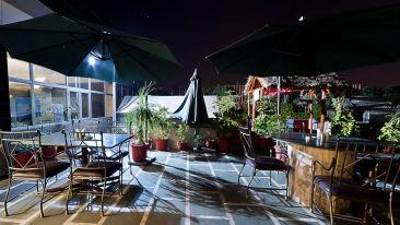 Hotel Hari Piorko New Delhi Indoor restaurant Hotel Hari Piorko Delhi 2