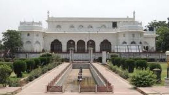 Safed Bardari , The Piccadily Lucknow, Places to see in Lucknow