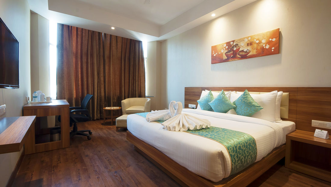Le ROI Haridwar Hotel Haridwar Premium Room Le Roi Haridwar Hotel 1