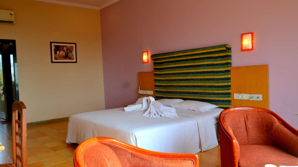 Executive Superior Rooms Kohinoor Samudra Ratnagiri 18