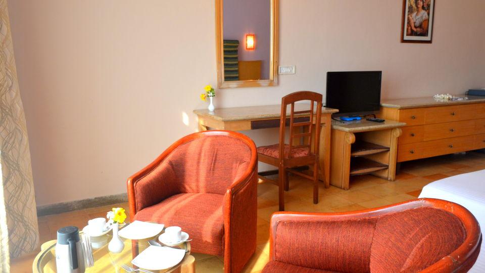 Executive Superior Rooms Kohinoor Samudra Ratnagiri 13