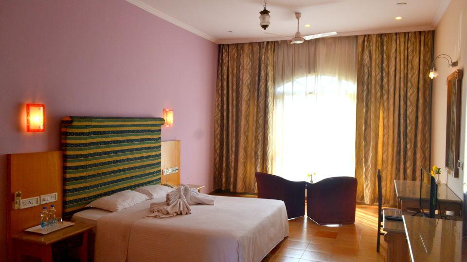 Executive Superior Rooms Kohinoor Samudra Ratnagiri 8