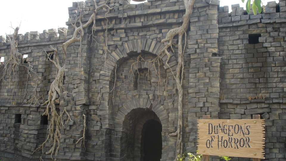 Dry Rides - Dungeon Ride nderla Amusement Park Bangalore