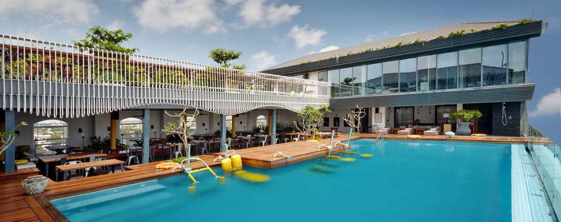Hablis Hotel Chennai Chennai Pool Hablis Hotel - 5 star hotel near Chennai Airport 3