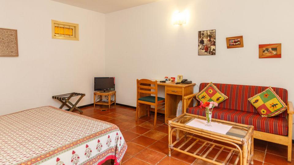 Casa Cottage Hotel, Bangalore Bangalore Casa-Cottage-Heritage-Hotel-Bangalore-City-Center-Quiet-Peaceful-English-Bungalow 8