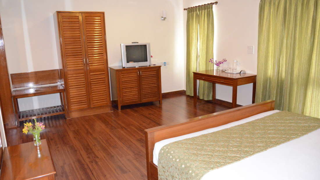 Executive Suite Trinity Suites Ulsoor Bangalore3 2