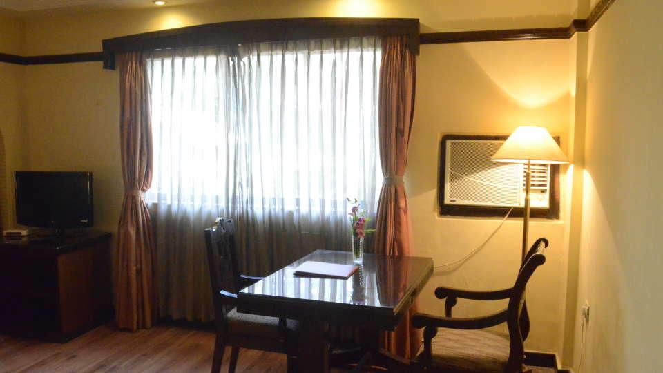 Lytton Hotel, Kolkata Kolkata Lytton Hotel Suite 2
