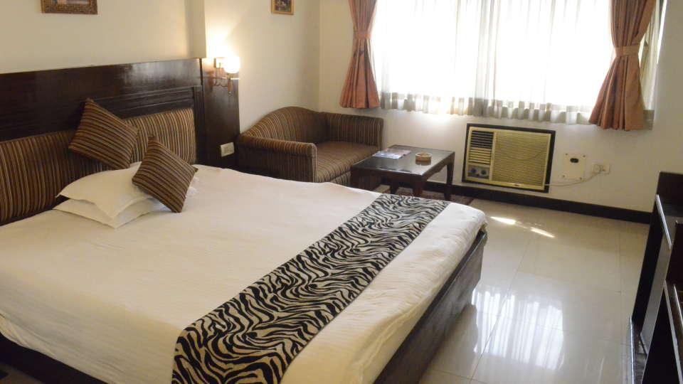 Lytton Hotel, Kolkatta Kolkata Double Room Lytton Hotel Kolkata 4