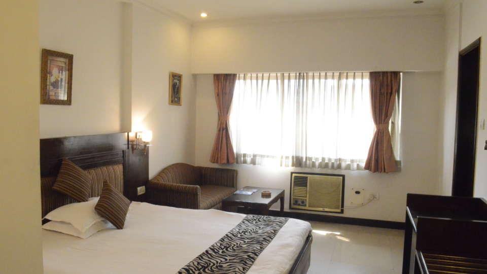Lytton Hotel, Kolkatta Kolkata Double Room Lytton Hotel Kolkata