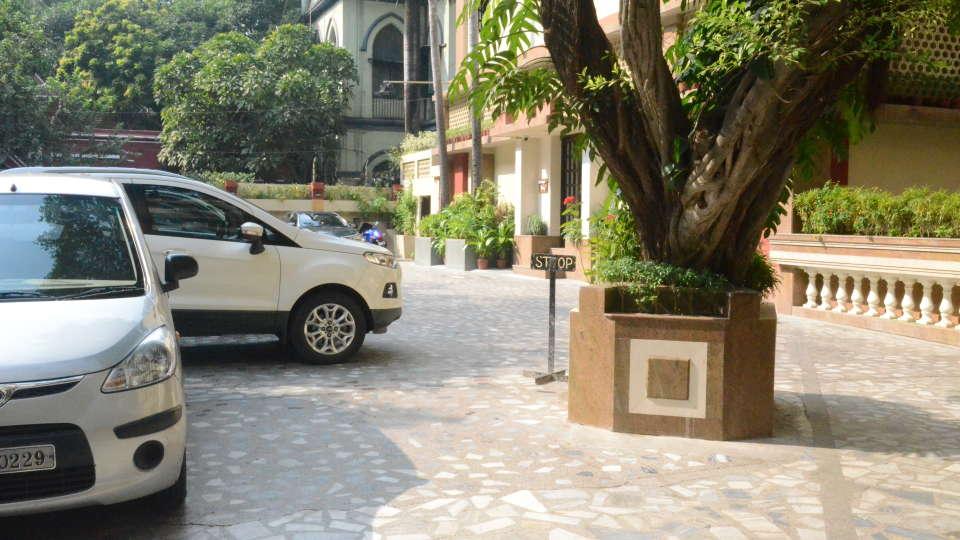 Lytton Hotel, Kolkatta Kolkata Parking Lytton Hotel Kolkata 2