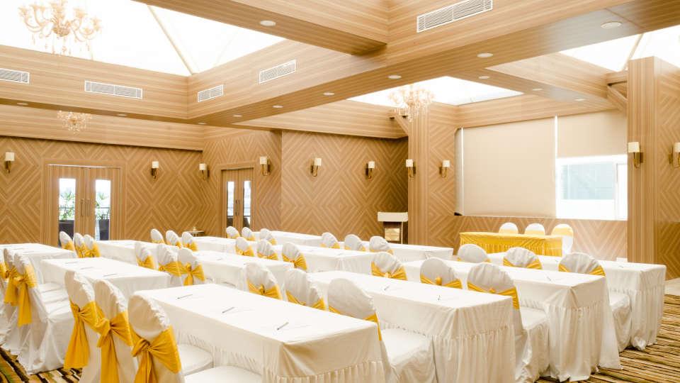 Restaurant SS Lumina Hotel - Koramangala Bangalore 9