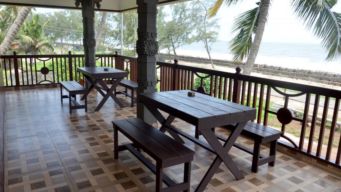Restaurant in Cherai, Sapphire Club Cherai Beach Villa, Cherai Hotel 1