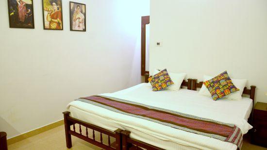 Beach View Double Room, Sapphire Club Cherai Beach Villa, rooms in Cherai 12