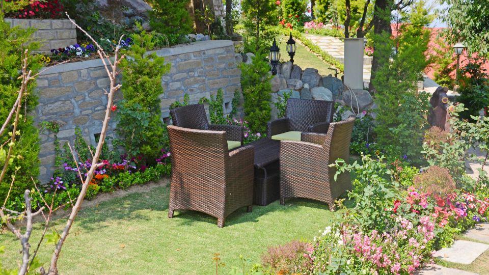 Ojaswi Himalayan Resort, Mukteshwar Nainital Garden Ojaswi Himalayan Resort Mukteshwar 3