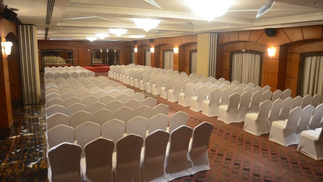 MAGNUM HALLS Hablis Hotel Chennai