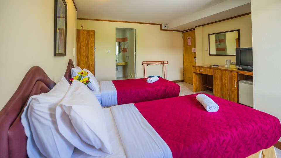 Hotel The Britannia, Chiang Mai Chiang Mai Deluxe Share Twin Room Hotel The Britannia Chiang Mai 3