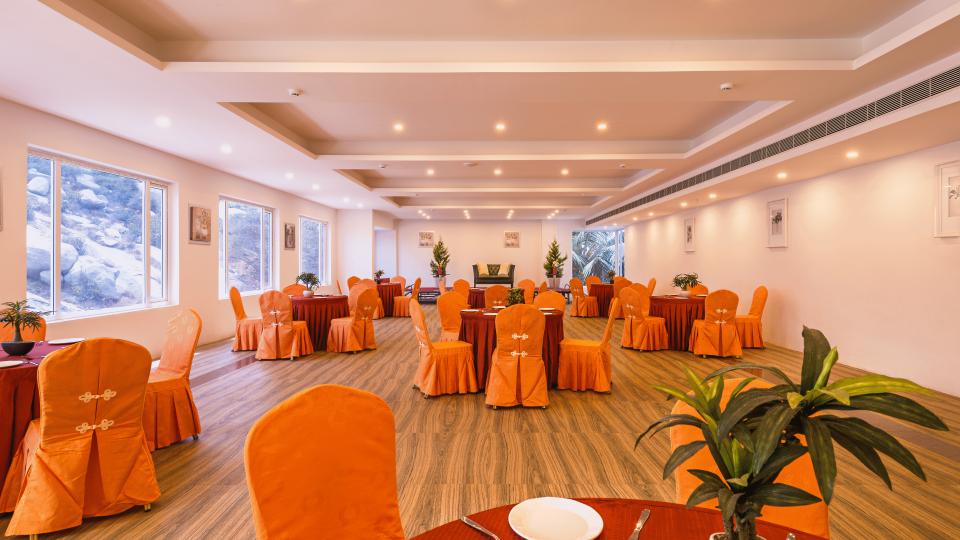 Hotel TGI Grand Fortuna, Hosur Hosur Crown Hall Hotel TGI Grand Fortuna Hosur 2