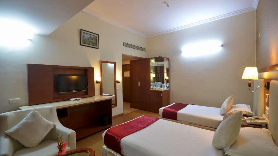Hotel Paraag, Rajbhavan Road, Bangalore Bengaluru Deluxe Hotel Paraag Rajbhavan Road Bangalore