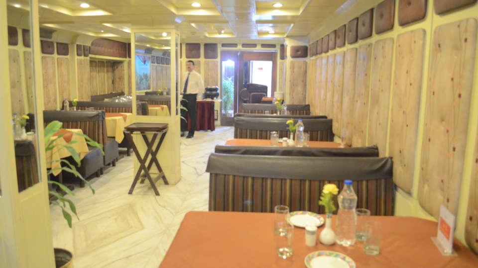 Lytton Hotel, Kolkata Kolkata Restaurant Lytton Hotel Kolkatta 7