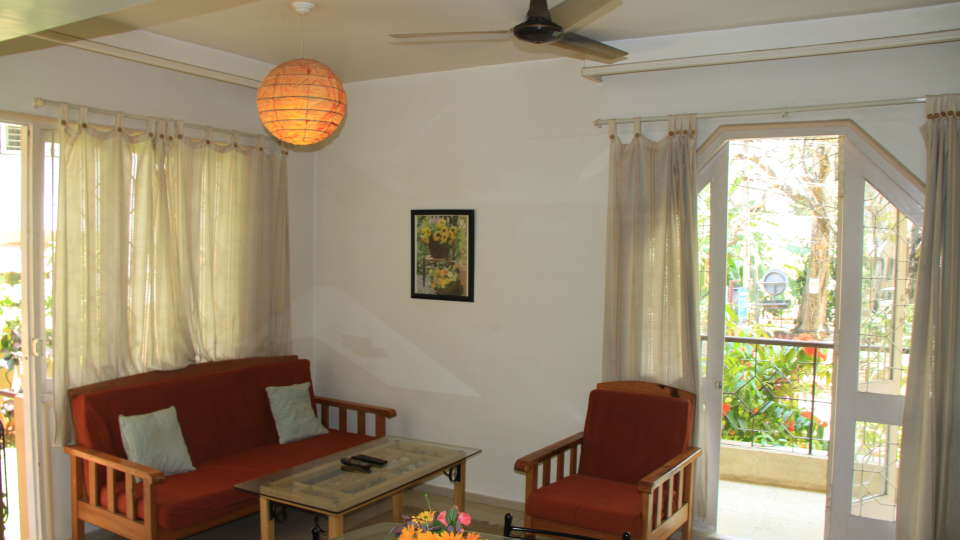 Casa Cottage Hotel, Bangalore Bangalore Casa Apartment - Richmond Town - Student Accomodation - Furnished apartment to rent - Living Room