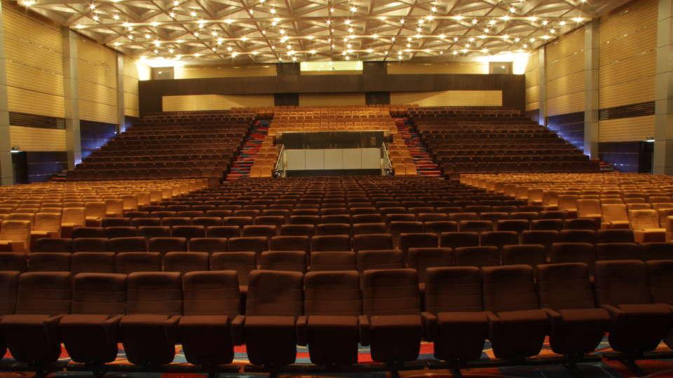 Sabari Hall at gokulam park and convention centre kochi , confreence halls in kochi 1