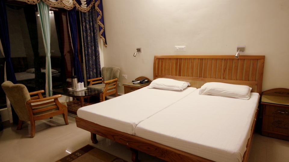 Ojaswi Resort Chaukori Chaukori Deluxe Room at Ojaswi Hotel and Resort in Chaukori