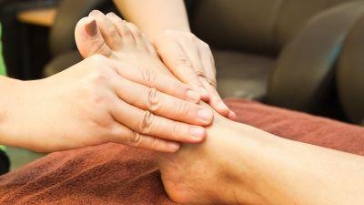 The Naini Retreat Nainital Indian Head and Foot Massage