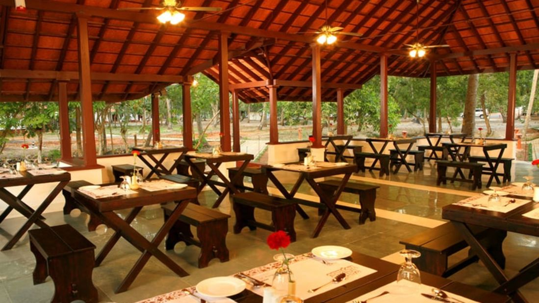 abad-turtle-open-restaurant, Contact Beach Resort in Marari, Beach resorts in Allepey, 4 Star Resorts in Alleppey, Best Beach Resorts in Alleppey, Best Beach Resorts Near Cochin, Beach Resorts in Kerala