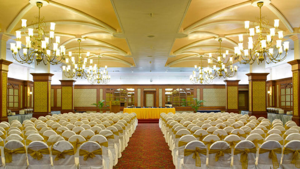 Abad-Plaza-Conference-hall