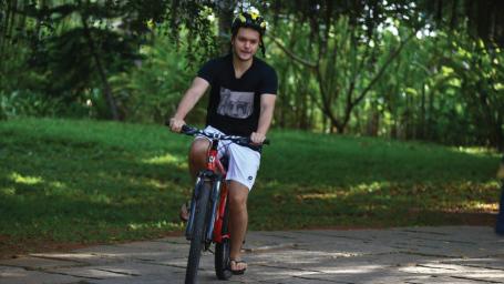 Cycle Tour Niraamaya Retreats Surya Samudra Kovalm Resort