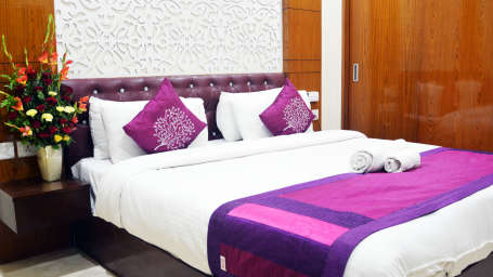 Hotel Trinity Corporate Suites, Sector 21, Gurgaon Gurgaon DEE 4149