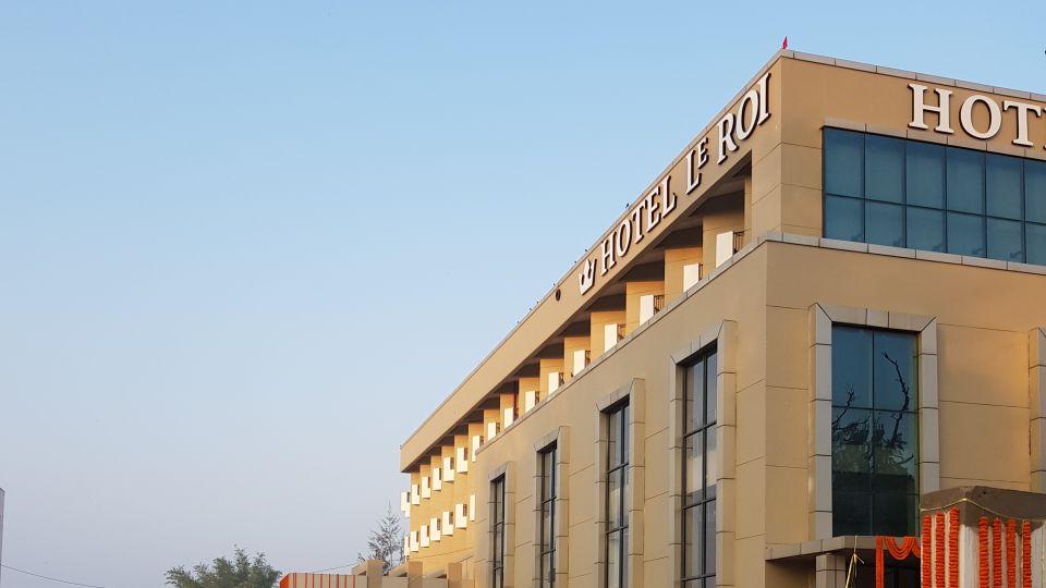 Facade Hotel Le Roi Digah West Bengal 1