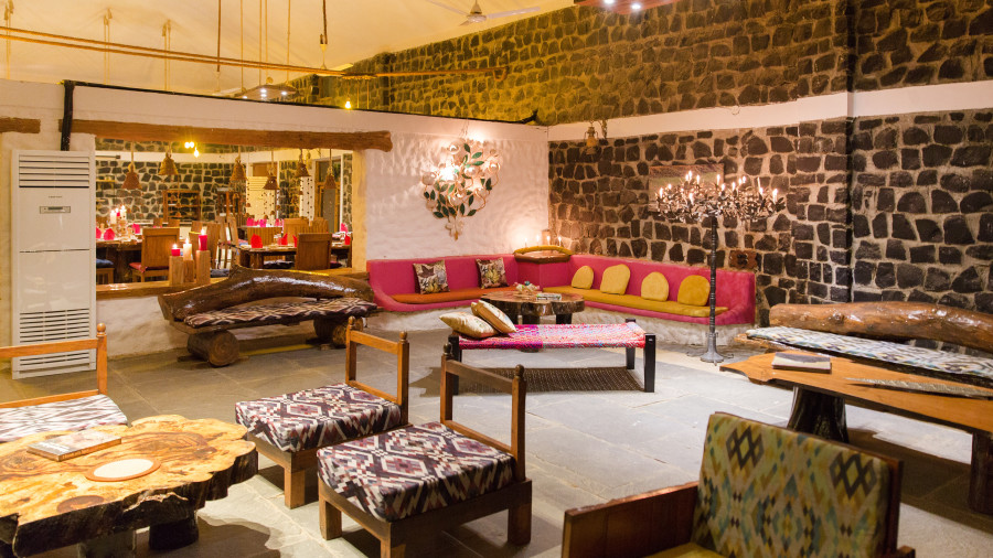 Lobby Sitting Area, Rosa Bandhavgarh Meadows 6