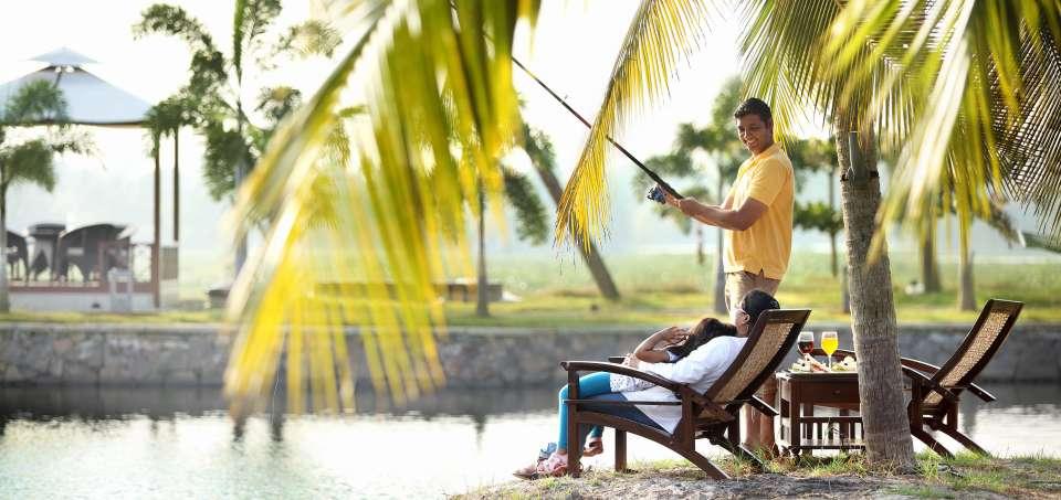 Fishing, Vasundhara Sarovar Premiere, Vayalar