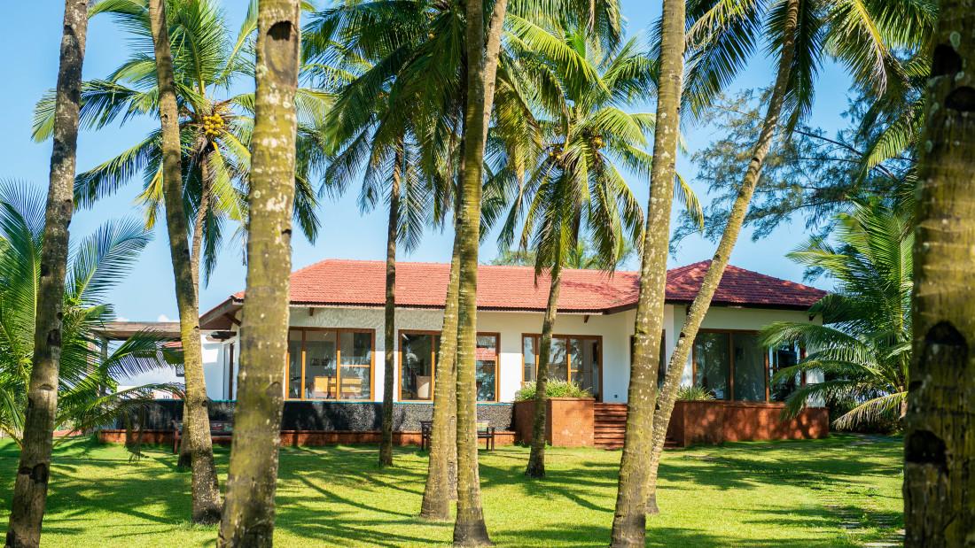 Villa Gardens 2