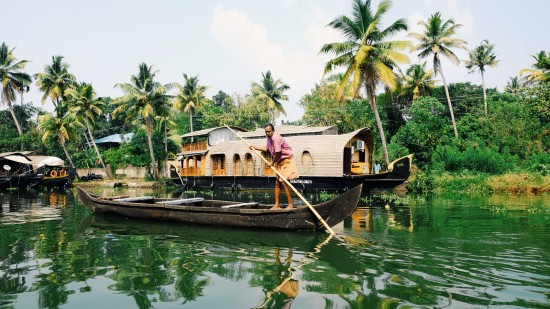 Kerala backwaters Sarovar Hotels