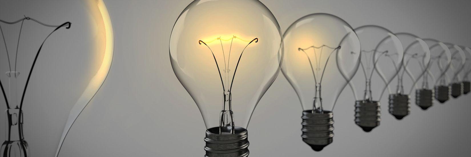 light-bulbs-1875384 1920