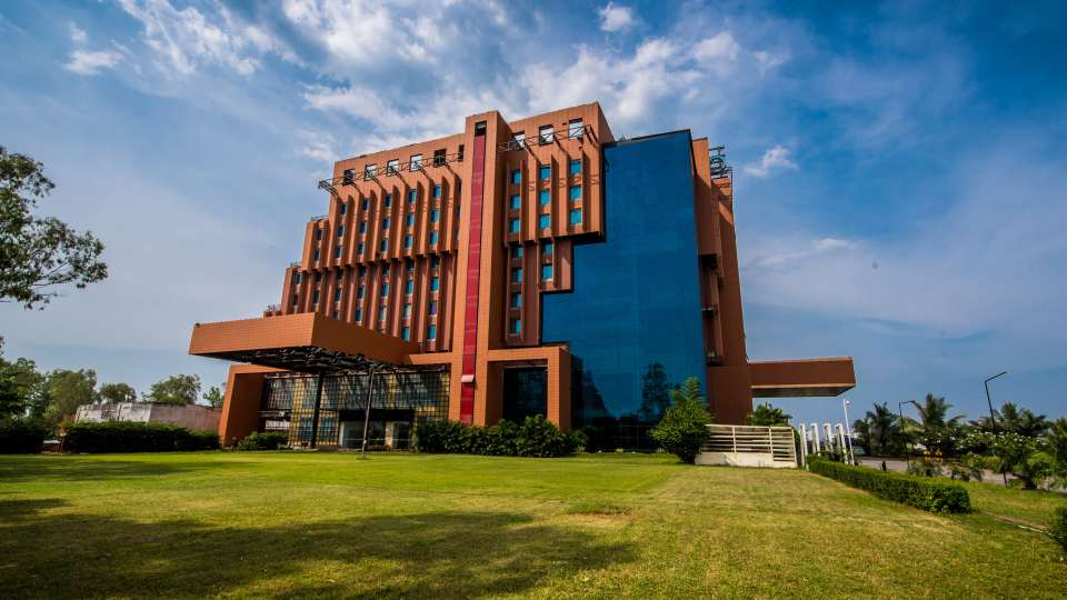 Hotel and Lobby, The Orchid Hotel Pune, Environment Friendly Hotels in Pune 18