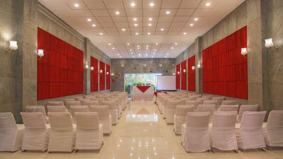Banquet Hall Hotel Devraj Niwas Jaipur 3