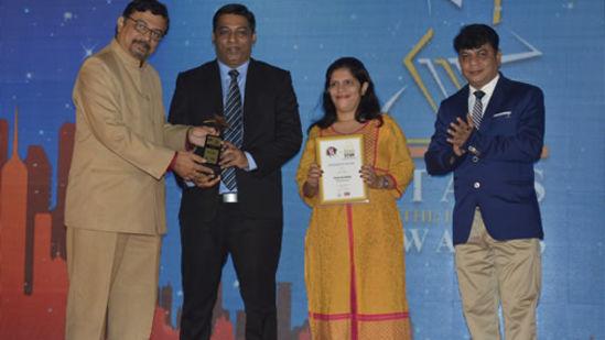 award-2015-1