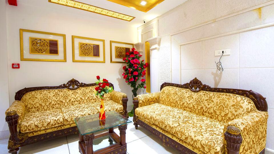 Hotel Swaran Palace, Karol Bagh, New Delhi New Delhi lobby old 3 Hotel Swaran Palace Karol Bagh New Delhi