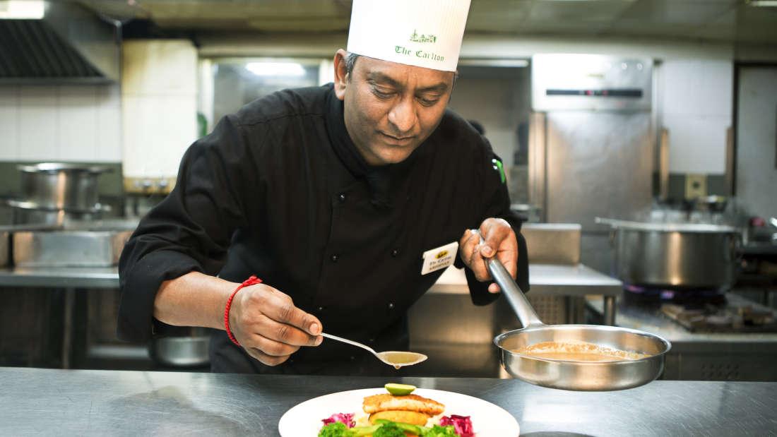 The Silver Oak Restaurant in Kodaikanal, The Carlton 5 Star Hotel in Kodaikanal  3