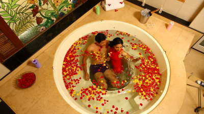 Honeymoon Package at The Carlton - Best 5 Star Hotel in Kodaikanal, lake view hotels in kodaikanal