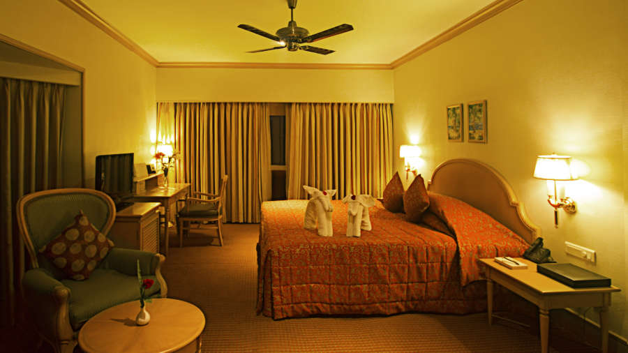 alt-text Premium Suites at The Carlton Hotel , Kodaikanal Resorts , Suites in Kodaikanal 6