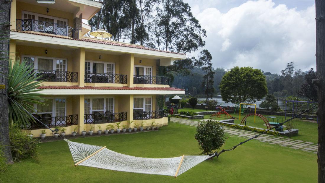 Exterior at The Carlton 5 Star Hotel, Kodaikanal Luxury hotels 11