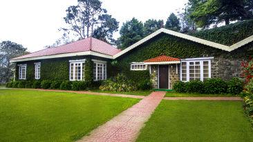 Cottages hotel rooms in Kodaikanal, Cottages at The Carlton Hotel, Cottages in Kodaikanal, Holiday in Kodaikanal 8